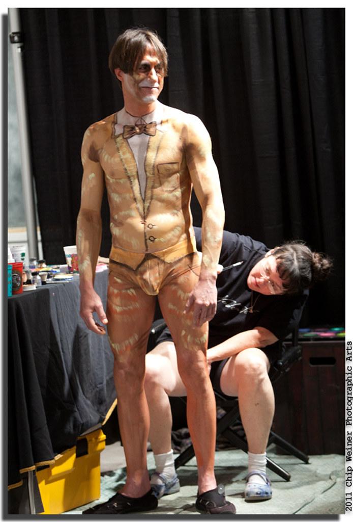 Leah porn boys nude body painting