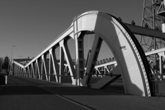 (Cl@udi!) Tags: rotterdam hotelnewyork erasmusbrug zuidholland dehef rotterdamzuid dezwaan hollandamerikalijn koningshavenbrug