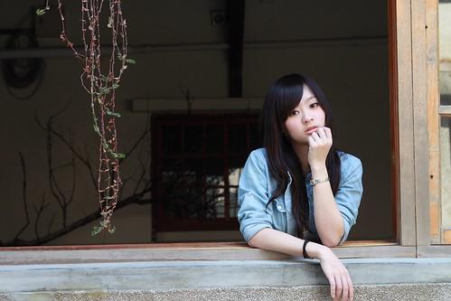 [フリー画像] 人物, 女性, アジア女性, 201103132100