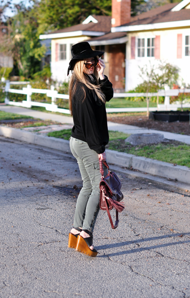 Vintage black hat, Tom Ford Sunglasses, Cynthia Rowley Bag with tassels, J Brand Houlihan skinny cargo pants, steve madden wedges, long blonde hair, DSC_0098