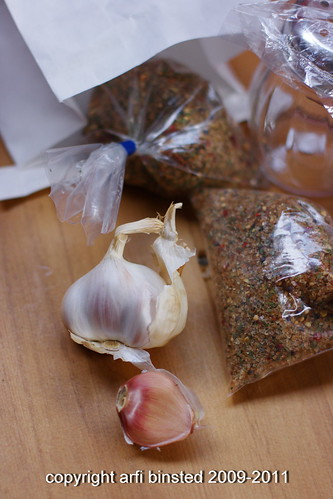 smoked garlic and herbs salt