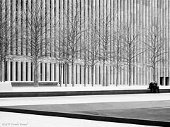 Lincoln Center Gossip (CVerwaal) Tags: nyc newyorkcity newyork architecture pen women olympus lincolncenter gossip mzuiko1442mm olympusep2