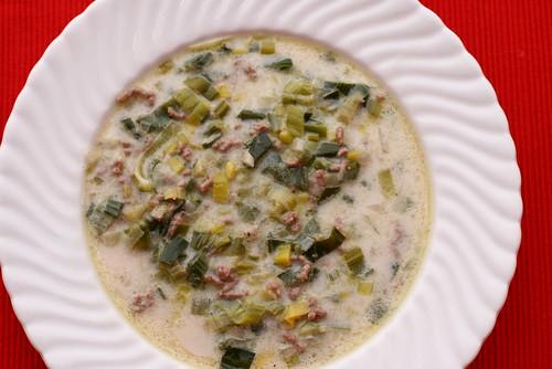 Lauch-Käse-Suppe mit Hackfleischf