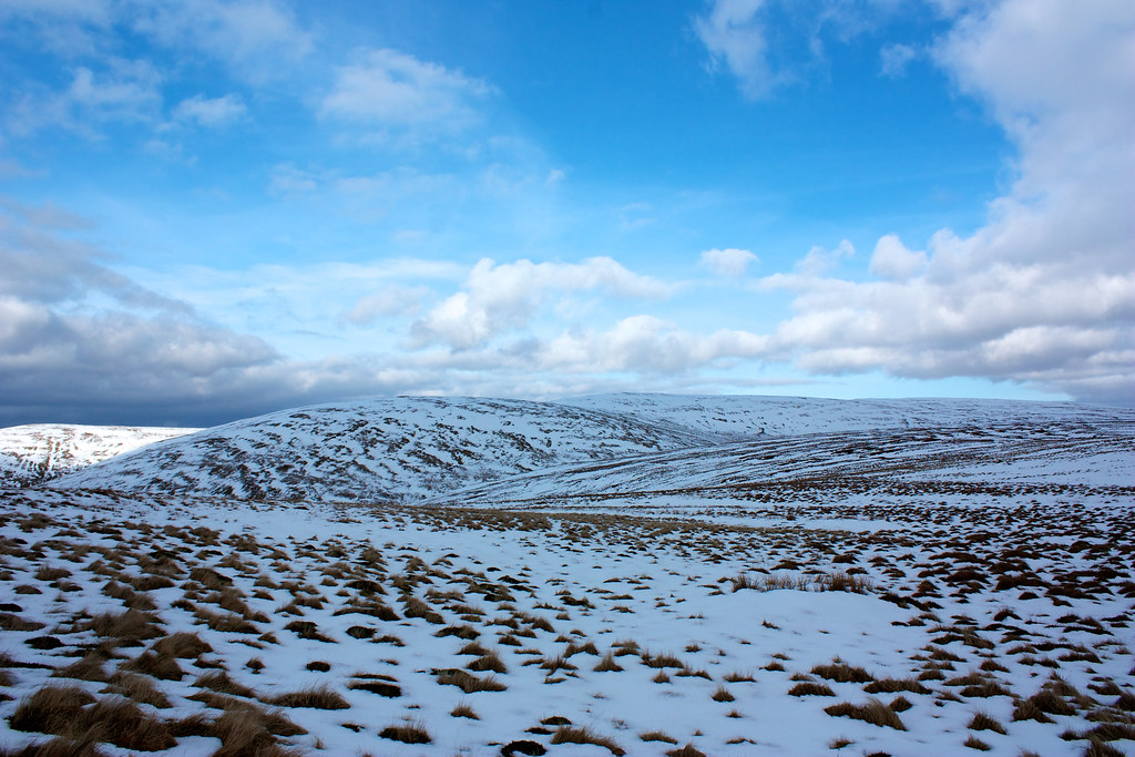 Snow on the Ochils