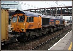 GBRf Class 66, 66710 'Phil Packer' (Stuart Axe) Tags: uk greatbritain london train gm diesel unitedkingdom box shed rail railway loco trains container evergreen cast fred po gb sealand locomotive containership hyundai railways freight boxs felixstowe stratford yangming msc containers dbs hanjin liner shippingcontainer kline freighttrain generalmotors ditton hapaglloyd cosco freightliner maersk class66 emd intermodal ews nedlloyd chinashipping coatbridge traffordpark uniglory dieselelectric railfreight bigmetalbox 66710 gbrf hamshall ponedlloyd dbschenker jt42cwr emdseries66 crewebasfordhall electromotivediesel lawleystreet columbusline philpacker 4l02 progressrailservicescorporation class66eu