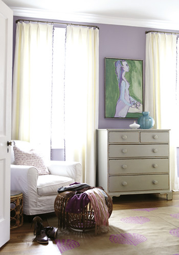 Charleston Home Mag Retro Brilliance Bedroom