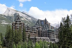The Fairmont Banff Springs Hotel (Patricia Henschen) Tags: banff townsite banffspringshotel hotel fairmont scottishbaronial railroad railway canadianpacific mountain mtrundle clouds banffnationalpark alberta canada parks parcs nationalpark rockies canadian northern rockymountains mountains