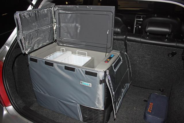 Waeco CF50DZ Dual Zone Fridge in the car boot by sridgway