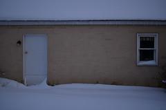 Snow 27 (Rob Nawrocki) Tags: winter snow garage january outoffocus nikond7000