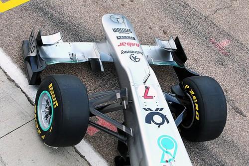 2011-Mercedes-gp-W02-7
