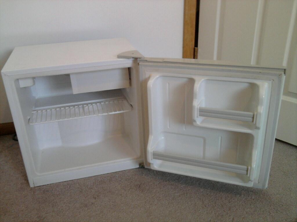Small HEC Refrigerator
