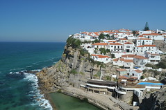 Azenhas do Mar I (Turist of the World) Tags: ocean travel sea portugal mar nikon do sintra villa oceano azenhas mygearandme