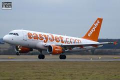 G-EJJB - 2380 - EasyJet - Airbus A319-111 - Luton - 110111 - Steven Gray - IMG_7811