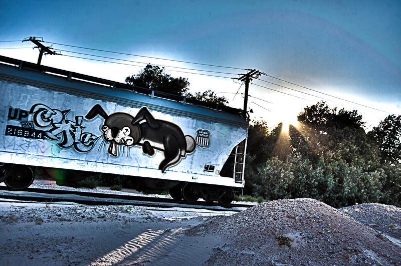TrainHDR