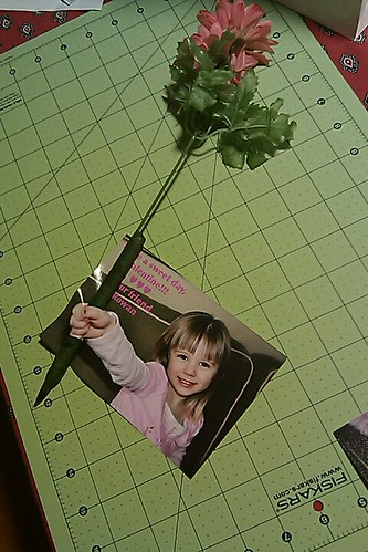 Valentines for the Teachers, 2011 (We made flower pens.)