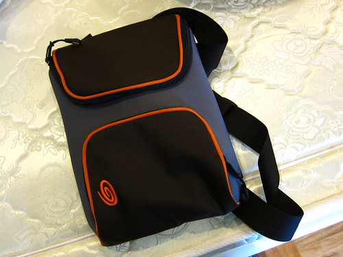 Timbuk2 iPad bag