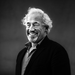 Simon Callow (TGKW) Tags: gay portrait people blackandwhite simon smile festival beard book edinburgh expression international actor queer thespian callow luvvie 8659
