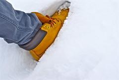 Timberland effect.. (Enrico Lorenzon) Tags: travel winter mountain snow nikon jeans step inverno venezia montagna giulia timberland friuli passo piancavallo