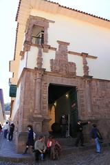 Cusco: Museo Inca (Palacio del Almirante) (zug55) Tags: peru cuzco cusco qosqo perú unescoworldheritagesite unesco patrimoniodelahumanidad worldheritagesite museoinca incamuseum inca inka palaciodelalmirante franciscoaldretemaldonado museoarqueológicodelcusco museoarqueológico museoarqueológicodelauniversidadnacionalsanantonioabad colonial balcón balcones balcon balconies balcony worldheritage patrimoniamundial patrimoinemondial weltkulturerbe patrimoniodell'umanità patrimonio patrimoniomondialedell'umanità patrimoniodellunesco patrimoniounesco