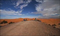On the top (livia.com) Tags: dune marocco deserto erg commercio chebbi