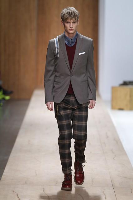 Alexander Johansson3239_FW11_Milan_Frankie Morello (Simply Male Model)