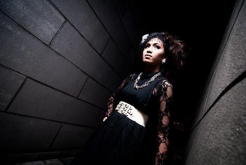 [フリー画像] 人物, 女性, アジア女性, ファッション, シンガポール人, 201103120900
