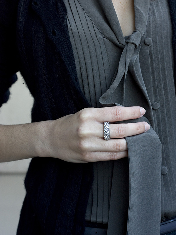 Ann Taylor Silk Tie Blouse Ring 600