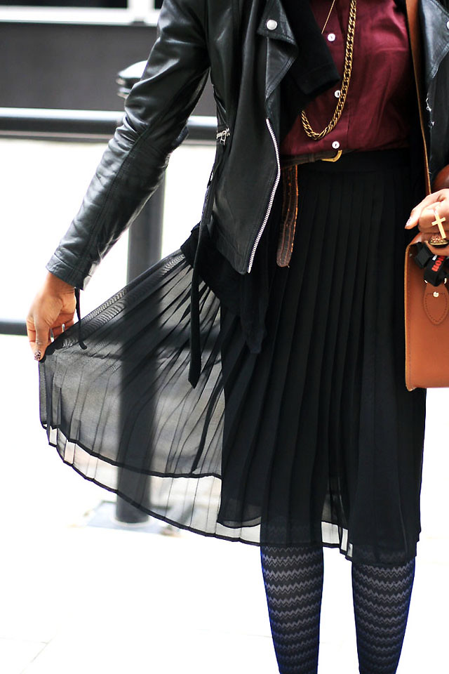 next pleated skirt