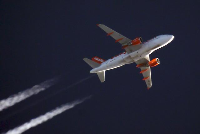 EasyJet A319 HB-JZO