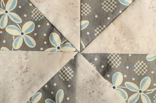 Quilt Sampler 2 : Flash of Diamonds