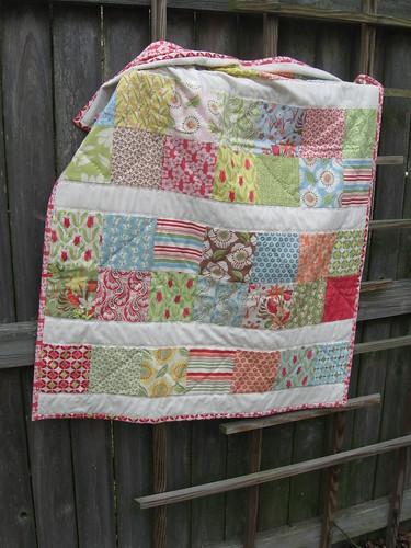 Verna baby quilt