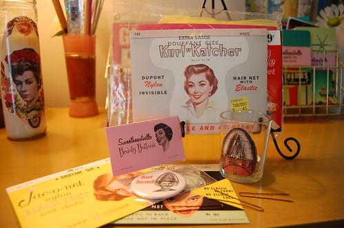 Vintage Beauty Goodies