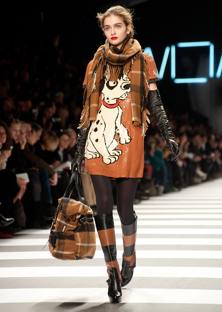 winter paris fall fashion 2010 fashionweek readytowear 2011 castelbajac jeancharlesdecastelbajac womanray