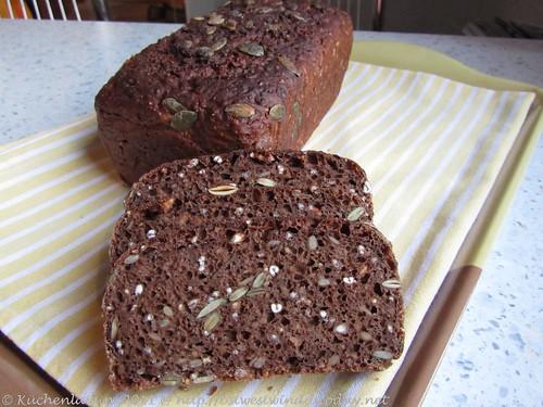 Sieben-Köstlichkeiten-Brot 002