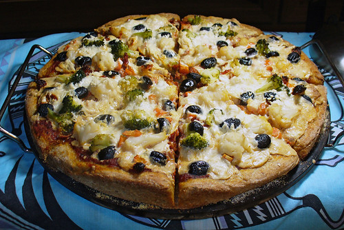 2011-03-13 - Veggie Pizza, Flaxseed Crust - 0002