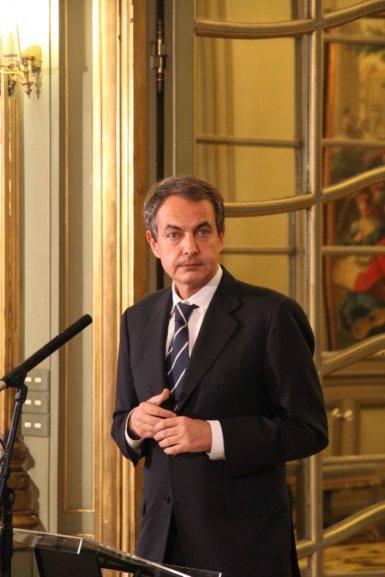 11c19 Zapatero se va a la guerra de Libia_0061 baja
