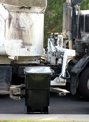 Garbage Truck Can Dumping Claw (Photo Nut 2011) Tags: california trash truck garbage junk sandiego claw waste trashcan refuse sanitation garbagetruck trashtruck wastedisposal