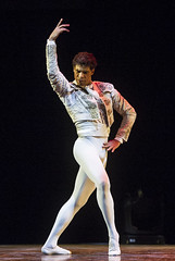 Carlos Acosta (DanceTabs) Tags: carlosacosta dancetabs donquixotepasdedeux london ludwigminkus marianelanez mariuspetipa royalalberthall sadlerswells theclassicalfarewell arts ballet classicalballet dance dancer dancers dancing entertainment femaledancer maledancer perform performer performing stage staged staging theatre uk