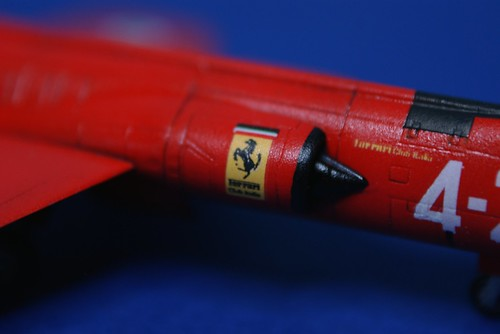 Revell 1/144 - F-104 Starfighter - Italian Ferrari - Complete - 2