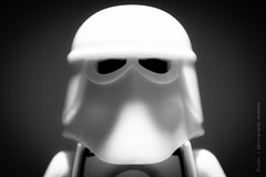 28/365 Come a little bit closer (photography.andreas) Tags: friends portrait bw macro art canon germany deutschland photography blackwhite starwars lego minifig saarland snowtrooper project365 eos40d canoneos40d canonefs1855mmf3556is urweiler