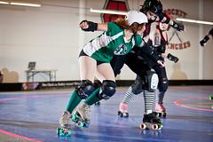 20110205.RCRG-DDG_0895 (Axle Adams) Tags: seattle sports rollerderby rollergirls skaters derby skates ratcityrollergirls ratsnest rcrg detroitderbygirls ddg