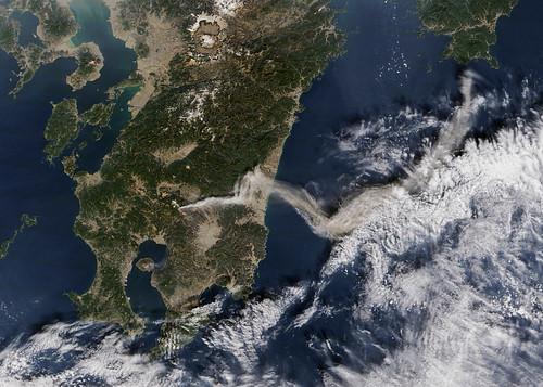 フリー写真素材, 社会・環境, 災害, 噴火, 日本, 衛星画像,