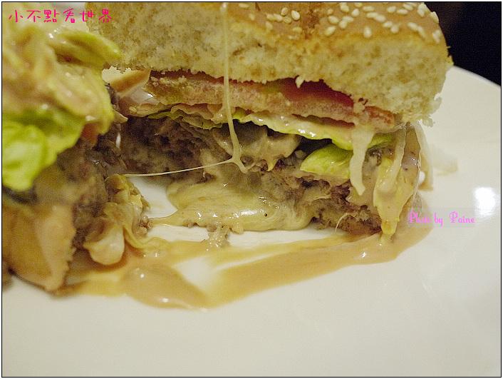 中原Champ Burger 32.JPG