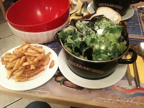 Mussels (with cream & garlic) & fries from Namur
