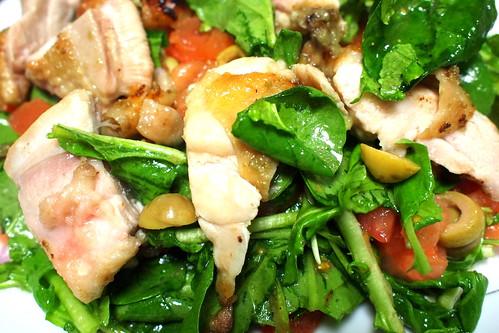 鶏腿肉の柚子胡椒風味ローストサラダ