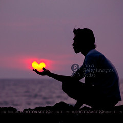 Heart Catch (Chrisseee) Tags: travel pink sunset sea man love beach silhouette yellow photoshop canon square thailand asia hand purple heart quote digitalart 365 shape scavengerhunt atsh everythingpink totallythailand gaiya bestcapturesaoi atsh32 elitegalleryaoi kristiinahillerstrm chrisseee aunui galleryoffantasticshots