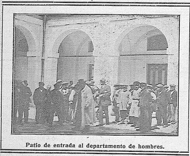 Patio del Hospital del Nuncio en 1914.  'La Campana Gorda' - Año XXII Número 1217 (15/01/1914)