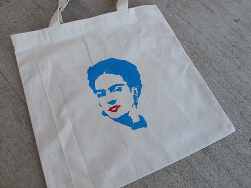 """R's """"special"""" Frida bag"""