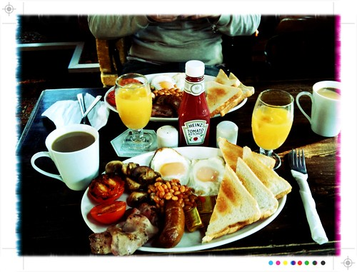 <span>londra</span>The english breakfast<br><br>'na bomba!<p class='tag'>tag:<br/>londra | cultura | cibo | </p>