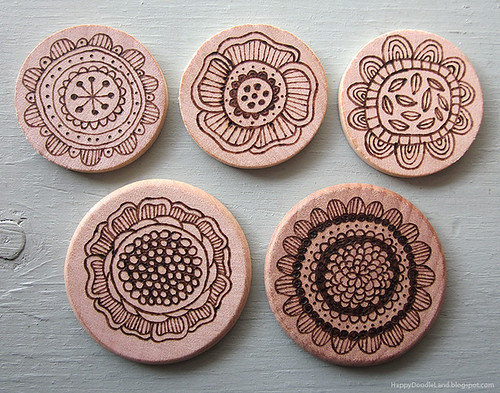 Wood Burnt Doodles: Flower Discs